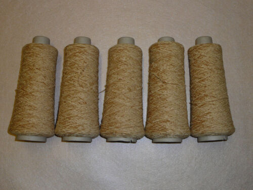 4 capas de Chenille sombra Toffee Pack de cinco conos de 100Grm