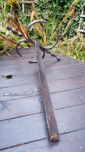 Beautiful Architectural Salvage Antique Wrought Iron Decorative House Anchor