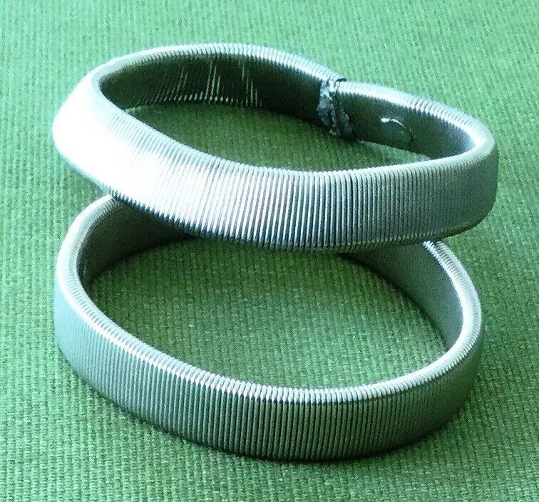 Set of 2 Men Women Flexible Metalic Sleeve Rings