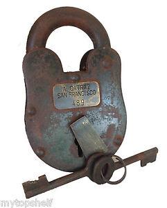 Alcatraz-San-Francisco-Prison-Lock-Padlock-Keys-3X5-Big-Heavy-Large-Cast-Iron