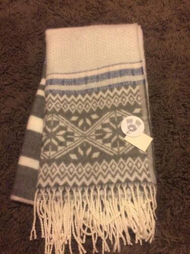Black White Warm Winter Scarf BNWT Primark Lovely Large  Scarf Pink White Grey