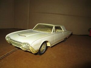 1962-FORD-THUNDERBIRD-convertible-friction-AMT-Dealer-Promo-DISPLAY-1-25-loose