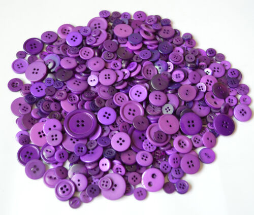 PLASTIC  MIXED BUTTONS PLASTIC BUTTONS ARTS /& CRAFTS ASSORTED BUTTONS