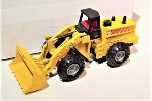 Majorette-8-Front-end-Loader-1-50-Excellent