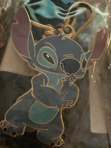 Disney Auction Exclusive P I N S Stitch Devils Lanyard And 2 Pin Set Le 1000 Ebay