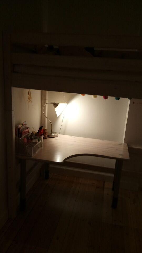 Højseng, Højseng med skrivebord , b: 100 l: 210