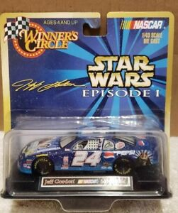 New-Star Wars Episode-1 Jeff Gordon-24 Pepsi Nascar 1:24-Scale Racing Stock Car