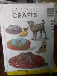 Oop-Mccalls-Crafts-3071-dog-beds-coats-all-sizes-NEW