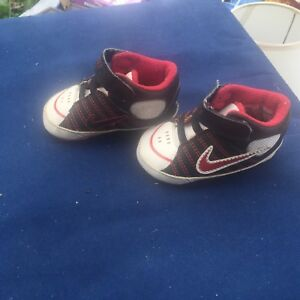 75635a7efc7930 Image is loading baby-boy-nike-shoes-size-2