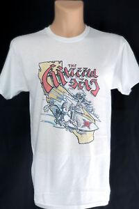 Grateful-Dead-Band-T-Shirt-Skeletons-Surfing-California-Vintage-Retro-Style