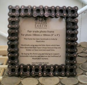 METAL-PHOTO-PICTURE-FRAME-4-x-4-square-RECYCLED-BIKE-CHAIN-fair-trade-NEW
