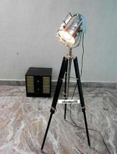 Hollywood-Antique-Marine-Nautical-Spotlight-Decorative-Floor-Lamp-Wooden-Tripod