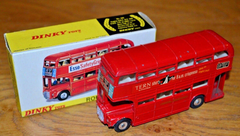 Ein schäbiger 289 routemaster - bus in original alle card box und hemden.