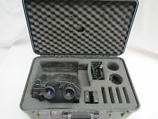 Fujinon 10 x 40 S1040D Stabiscope Binoculars with 4.7 Degree Angle of View.