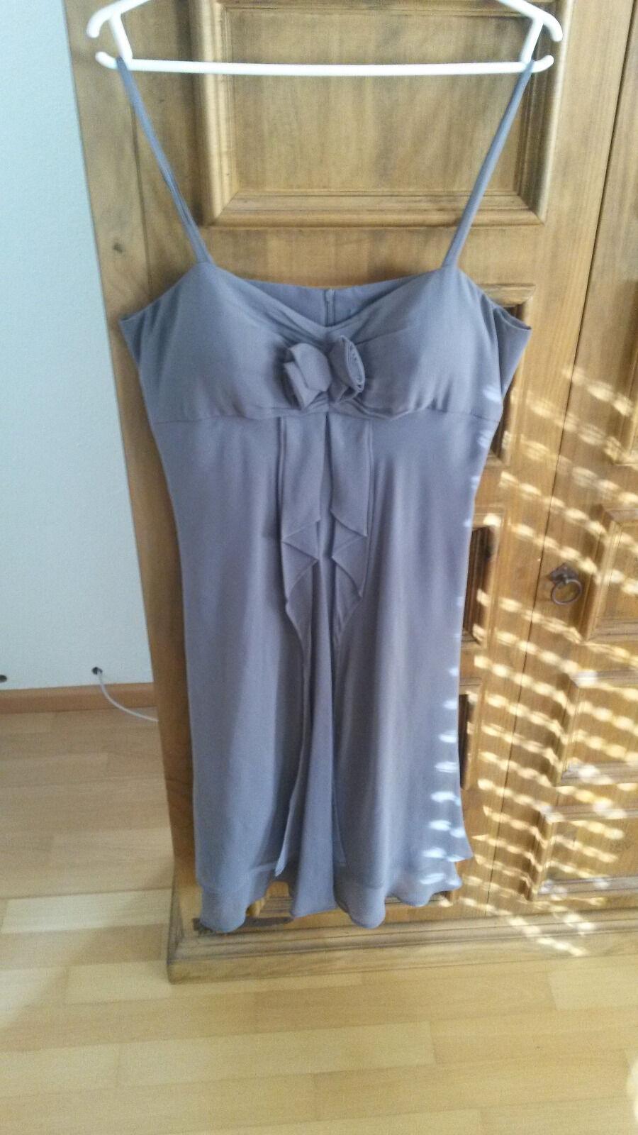 Schönes Kleid von un1deux 2 trois 3 in Gr. 40 mit Schal