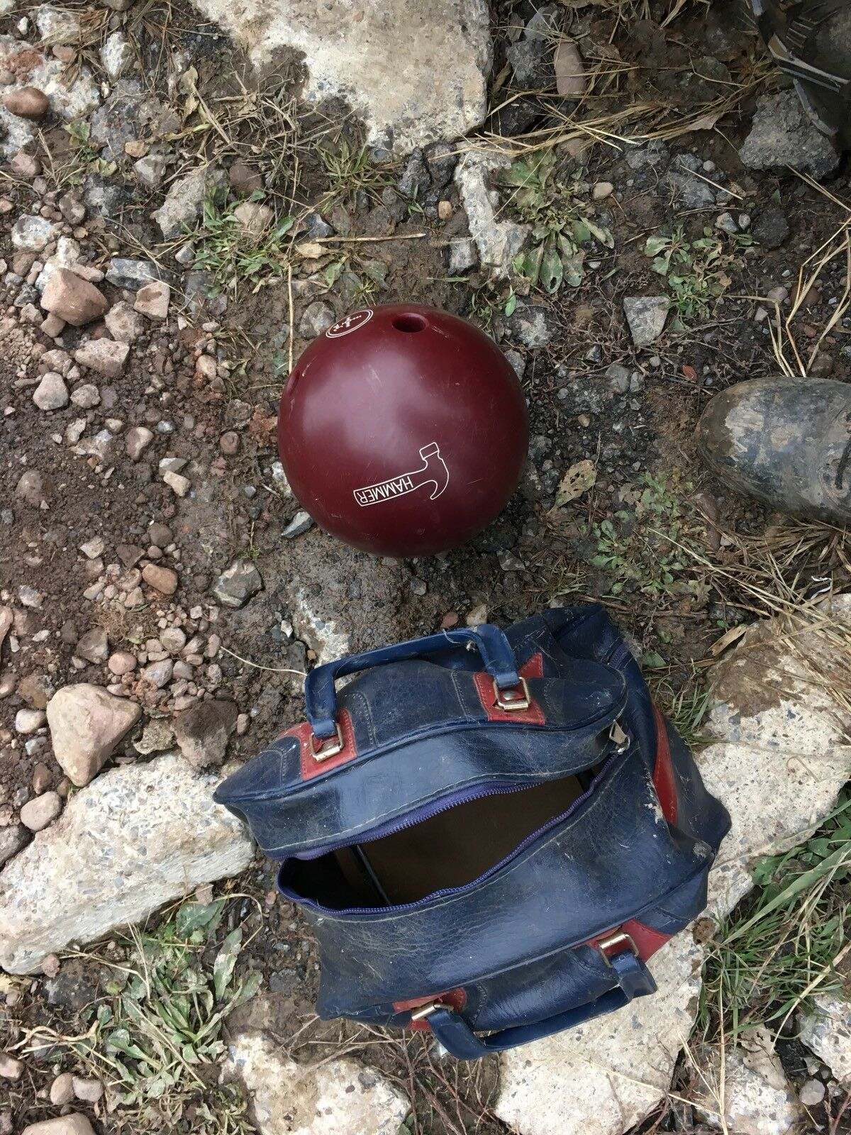Hammer bowling ball 16 Lbs