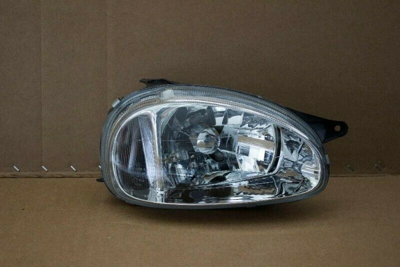 OPEL CORSA LITE FACE-LIFT 99-03 BRAND NEW HEADLIGHTS FOR SALE PRICE R650 EACH