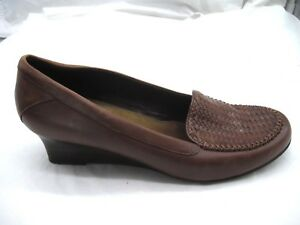 1e8e90bddf2 Image is loading Naturalizer-10M-Deidra-brown-woven-leather-wedges-loafers-