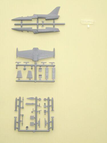 USN /& USMC Model Kit Mark I Models 1//144 L-39C L-39ZO Albatros In USAF