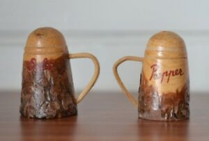 Vintage-wooden-salt-amp-pepper-shakers-small-hand-carved