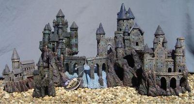 MAGIC CASTLE KINGDOM BY PENN PLAX FISH TANK AQUARIUM DECORATION RRW6-10