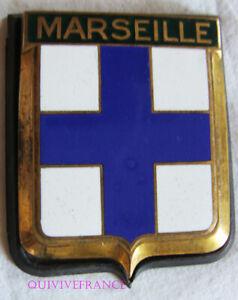 Consciencieux Badge De Calandre - Marseille Acheter Un Donner Un