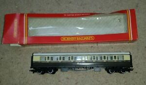 OO-GAUGE-HORNBY-R-159-GWR-COMPOSITE-COACH-5050-BOXED