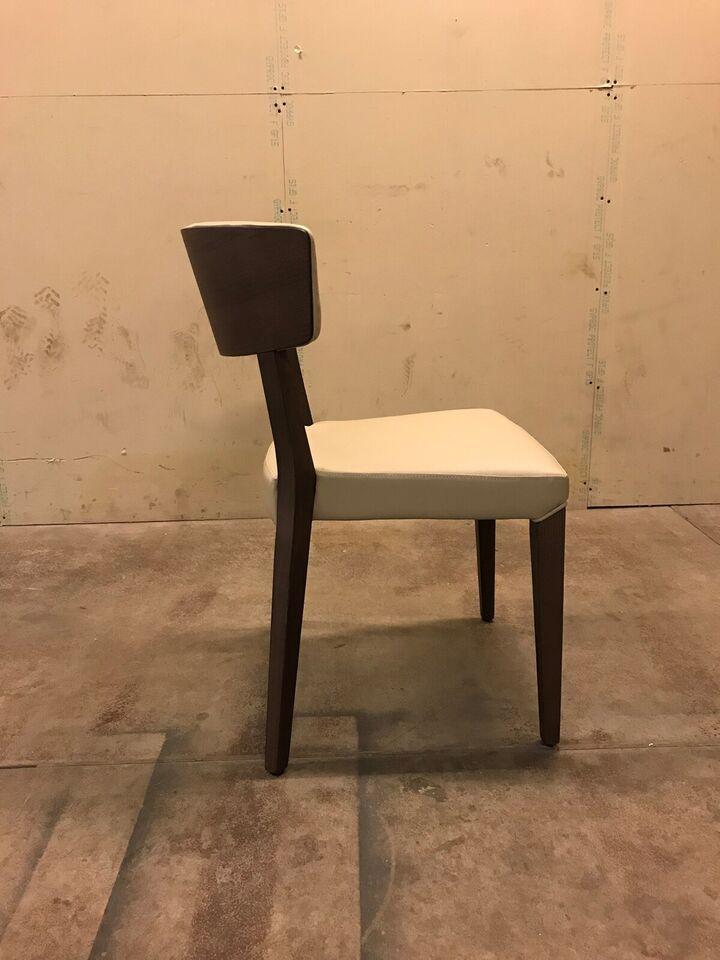 Nye ubrugte restaurant stole