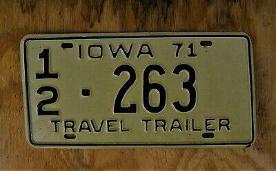 IOWA HAWKEYES LICENSE PLATE METAL TRUCK AUTO CAR NEW SIGN L0960