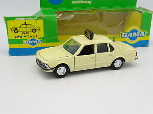 Gama-Mini-1-43-BMW-733-I-Taxi