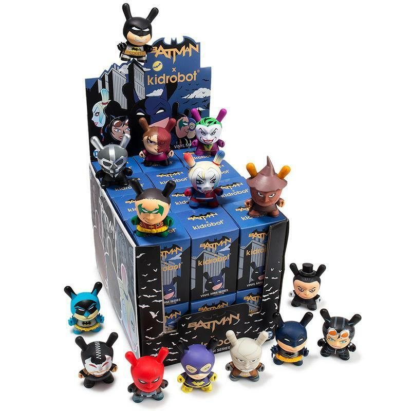 Full Case Of 24 DC petit coin SÉRIE DESIGNER Vinyl Toy Figures par KIDROBOT X Batman