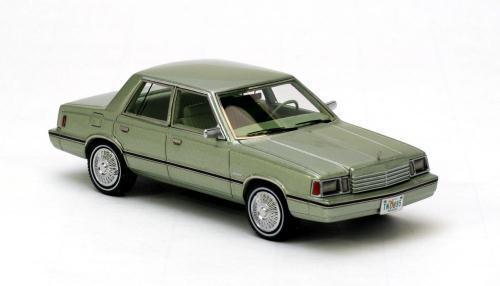 Dodge Aries K-car vert métallisé 1983 1/43 NEO