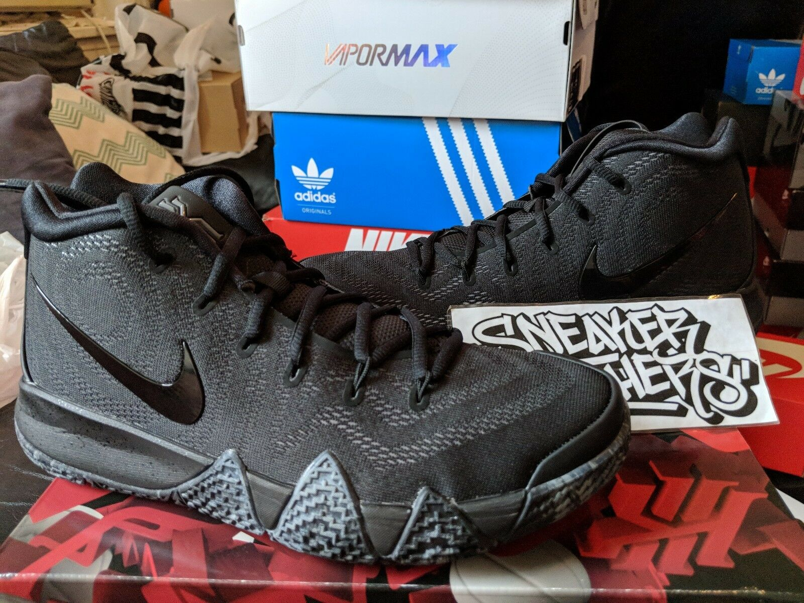 Nike Basketball Kyrie 4 IV Triple Black Basketball Nike Anthracite Irving Men's 943806-008 6e4a4e
