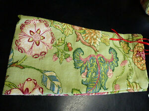Drop Spindle Bag Paisley Floral Design Tapestry Fabric