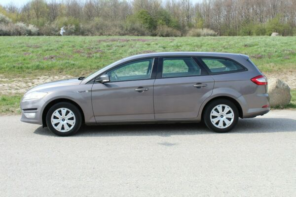 Ford Mondeo 2,0 Trend stc. - billede 1