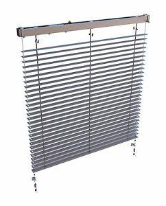 Moderne-Store-C50-en-Aluminium-Raffstore-avec-Commande-a-main-et-Guide-de-corde
