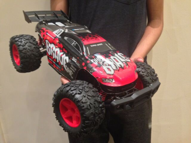 1:12 LARGE FAST RC BUGGY/CAR MONSTER TRUCK 2 4G 4X4 REMOTE RADIO CONTROL  XMAS