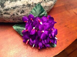 Vintage-Millinery-Flower-Violet-18-Stem-Bouquet-with-1-034-Blooms-for-Hat-Purple-UF