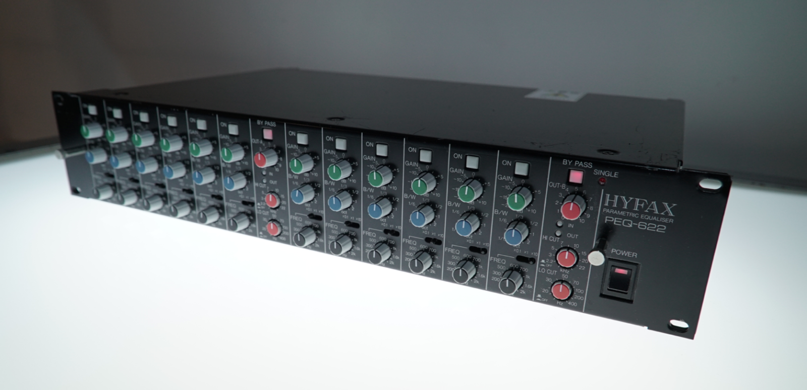 Hyfax PEQ 622 Stereo Parametric Equalizer