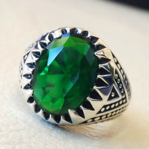 MEN-039-S-COOL-OVAL-EMERALD-GREEN-RHINESTONE-ALLOY-FINGER-RING-JEWELRY-GIFT-NICE