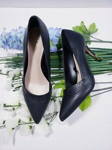 Aldo Black Pointed Shoes With Gold