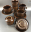 Set-Of-4-Wedgwood-Mid-Century-Stoneware-Cups-and-Saucers-Brown-Pennine-England thumbnail 6