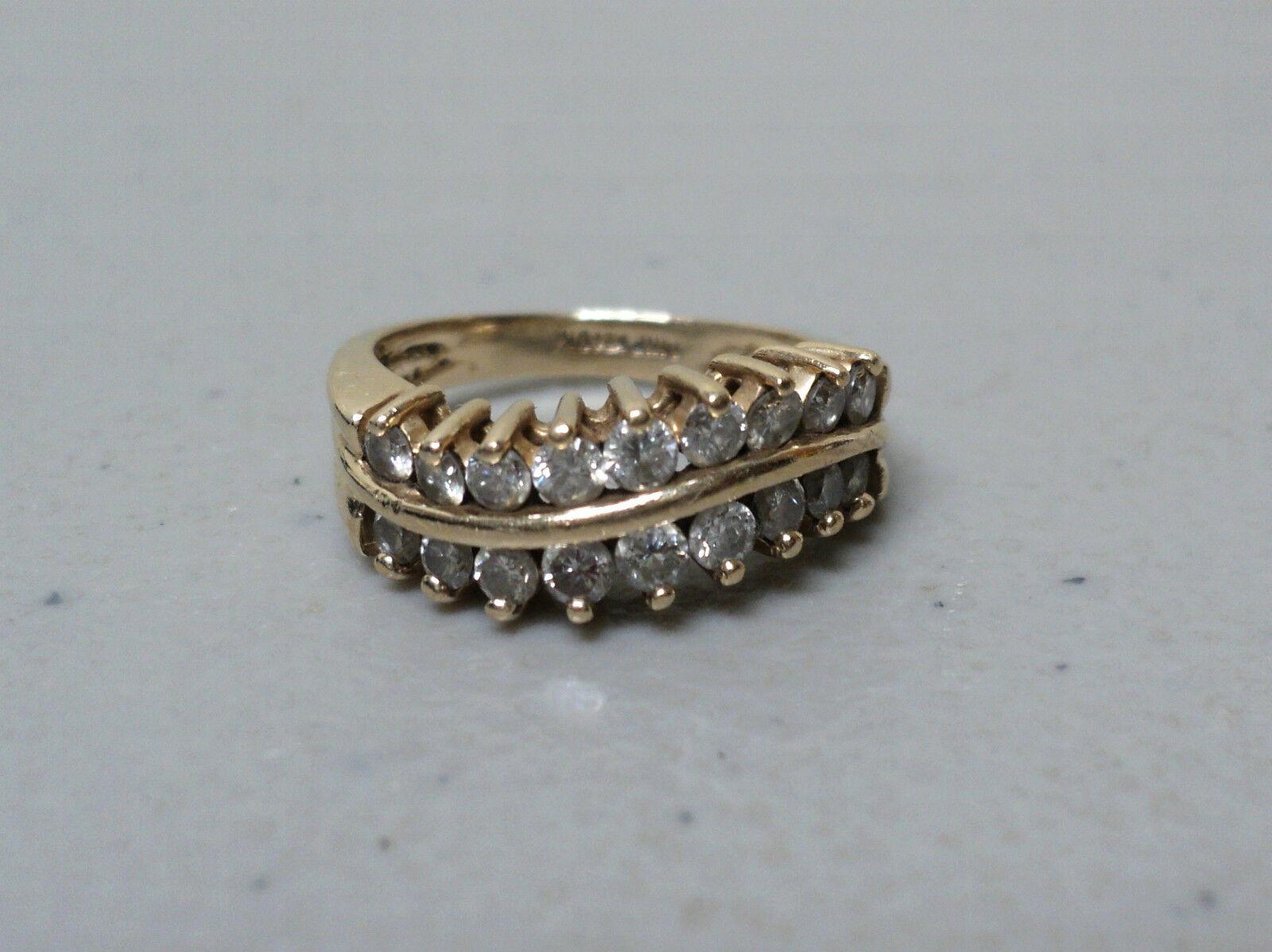 FABULOUS ESTATE 14K gold 1.0 CARAT DIAMOND RING, SIZE 6,  APPRAISED  2000.00