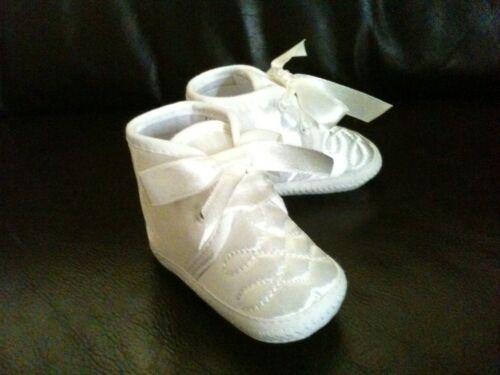 Bautizo del bebé niño diamante patrón Bautizo Pram Zapatos Abotinados Blanco//Marfil 0-12