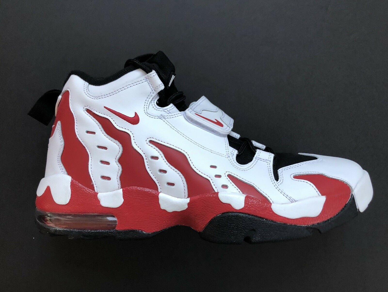 Nike Air Varsity 11 Größe 316408 161 Falcons rot Sanders