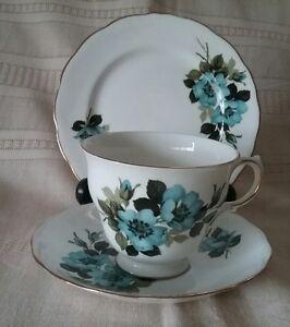 Image is loading Royal-Vale-vintage-Bone-China-cup-saucer-plate- & Royal Vale vintage Bone China cup saucer plate set trio England ...
