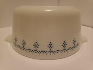 Vintage Pyrex Snowflake Blue 474B Mixing Nesting Cinderella See Description