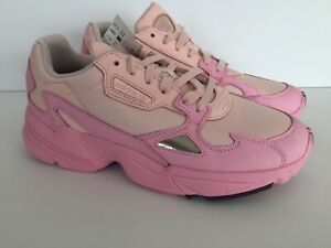 Pink Women Lifestyle Sneakers Size 9