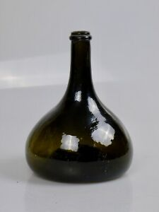 STUNNING LARGE C18TH FRENCH DARK GLASS ONION WINE BOTTLE