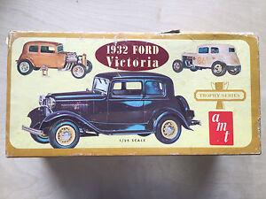 AMT-1932-Ford-Victoria-Trophy-Series-Car-Model-Kit-M-34